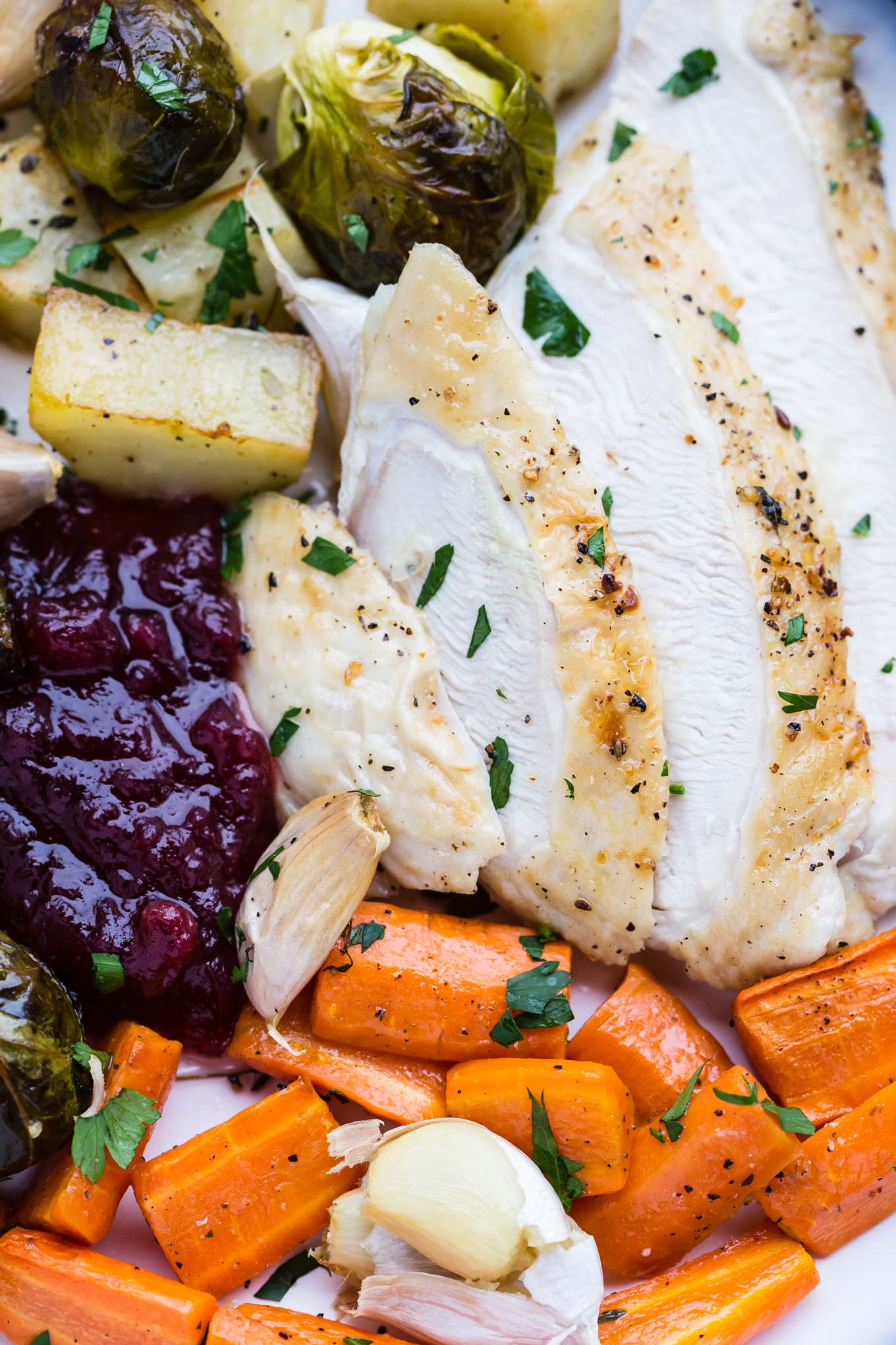 ONE PAN TURKEY ROAST DINNER FOR TWO | GARLIC MATTERS